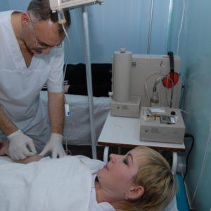Проведение процедуры внутривенной озонотерапии