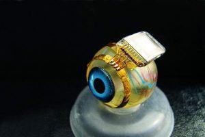 Имплантат Bio-Retina подарит зрение слепым с помощью лазера