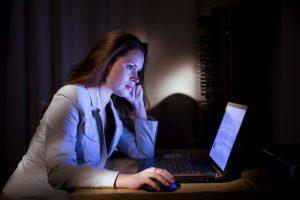 Ночная работа на протяжении многих лет удваивает риск рака груди