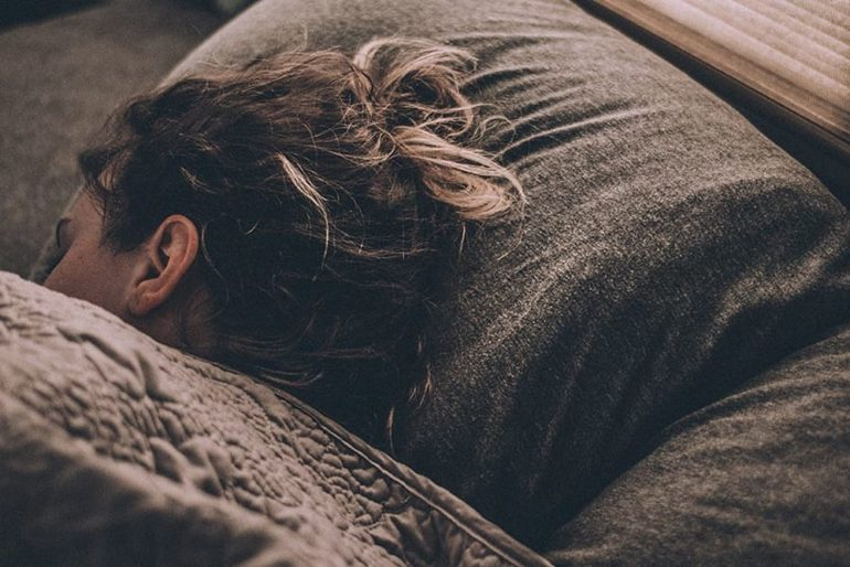 Новые исследования мозга бросают вызов нашему пониманию сна