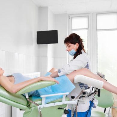 Когда нужно срочно идти к гинекологу
